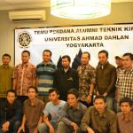 Bapak Dekan FTI bersama dosen Teknik Kimia dan Para Alumni
